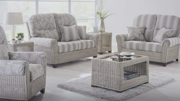 Della furniture